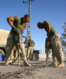 Breaking ground. Fallujah, Iraq 2005. © Jude Eden